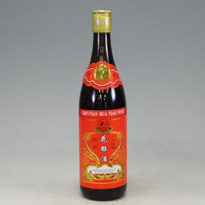 紹興酒 鄭萬利(テンマリ) 8年陳醸花彫酒 アルコール度数 16%〜17% 640ml  [660312]
